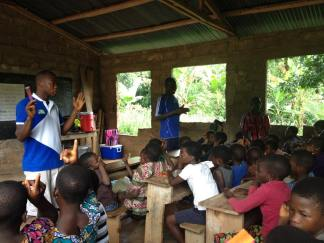 Togolese believers led the lesson time in Kabiyé